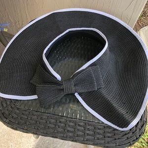 Floppy Hat Beach Preston York Black White